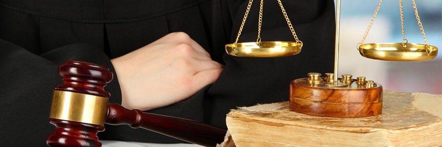 Genç Avukatların Hukuk Sektörünün Ticari Yönünü Daha Fazla Dikkate Alması Gerekiyor