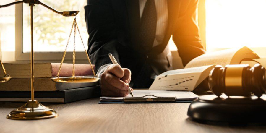 Serbest Çalışan Avukat Büro Düzenini Hangi Araçlarla Sağlayabilir?