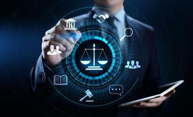 Hukuk bürolarının yüzde 56'sı akıllı teknolojilere ihtiyaç duyuyor